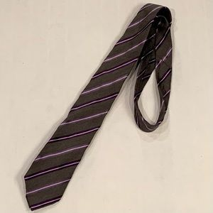 Geoffrey Beene purple and great striped tie